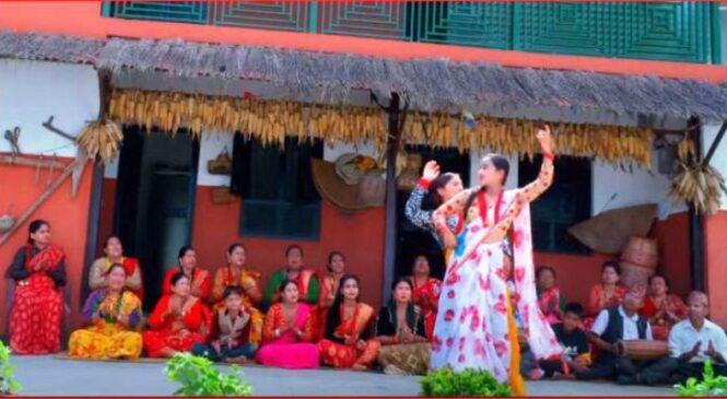 हुमाको पहिलो गीत 'नाच्छु घुमेर' सार्वजनिक
