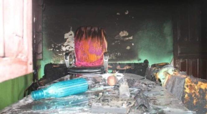 वीरेन्द्रनगर-१ को वडा कार्यालयमा आगजनी